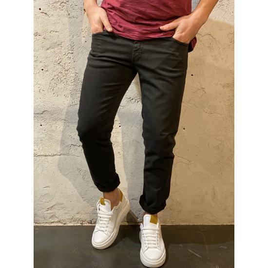 Pantaloni skinny neri