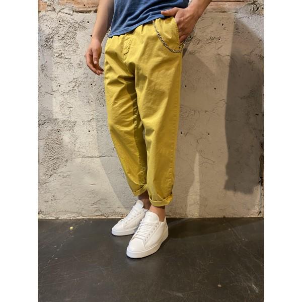 Pantalone pensa senape