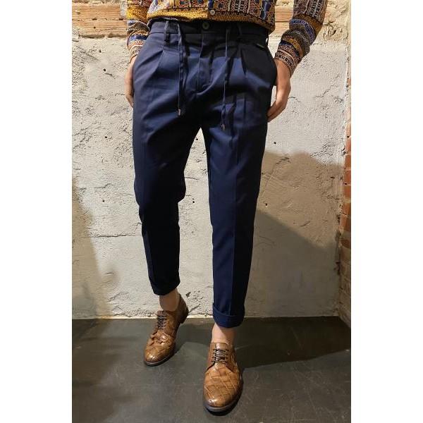 Pantaloni eleganti outfit blu