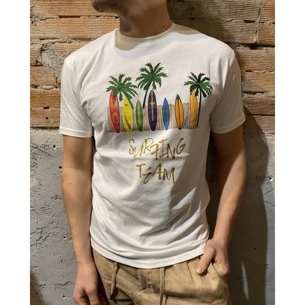 T shirt surf out