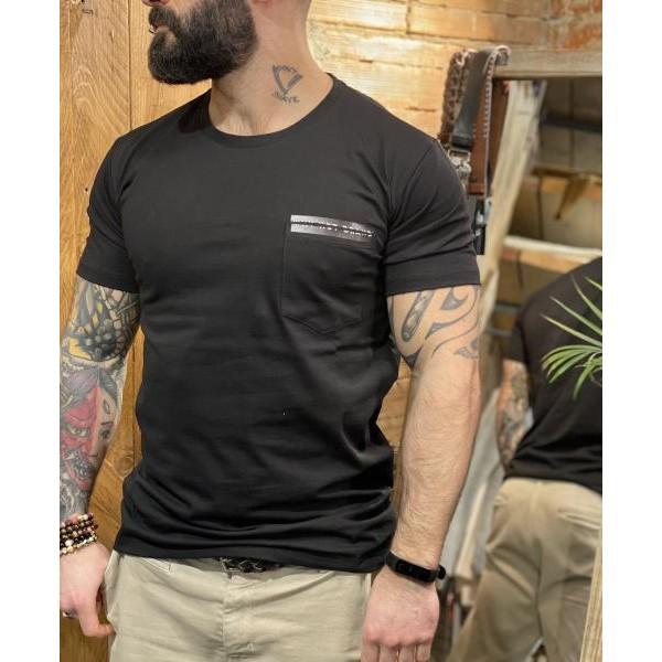 T shirt taschino laserato nera